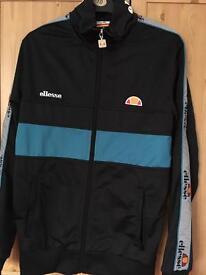 Zip up jacket size small vgc