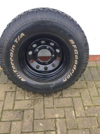 land rover defender parts/wheels with bfgoodrich tyres rims fits most 4x4 read the ad fully