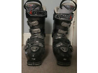 Ski Boots size 9-10 Atomic