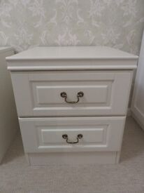 White bedside chests of drawers