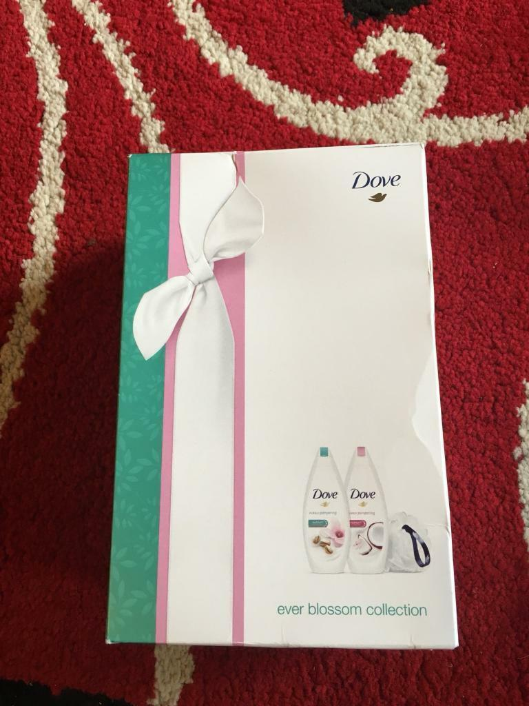 Brand new dove gift set | in Poole, Dorset | Gumtree