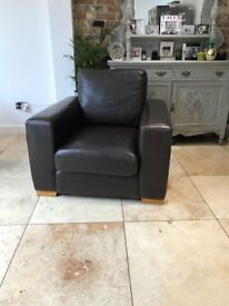 Leather armchair. Quality brown leather, by Thomas Lloyd