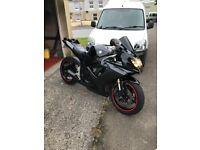 Suzuki Gsxr 600 k7 black