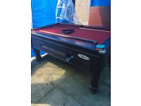 Good condition supreme pool table 6 ft, 3ft