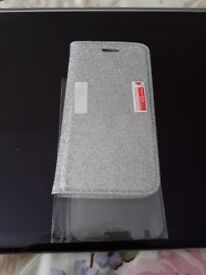 brand new. lovely smooth silver glitter i phone 6 phone case