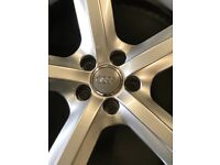 Audi Q5 S-LINE alloy wheels with tyres