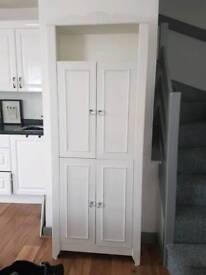 Attractive dresser storage unit