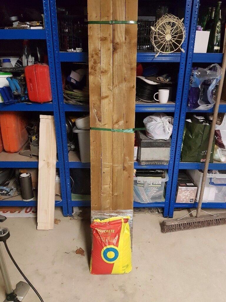 3x3 6' fence posts + 4 bags of postcrete