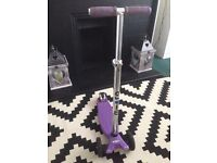 Maxi Micro Scooter in Purple