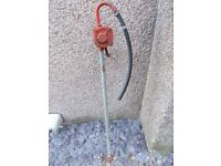 Oil or fluid hand transfer pump