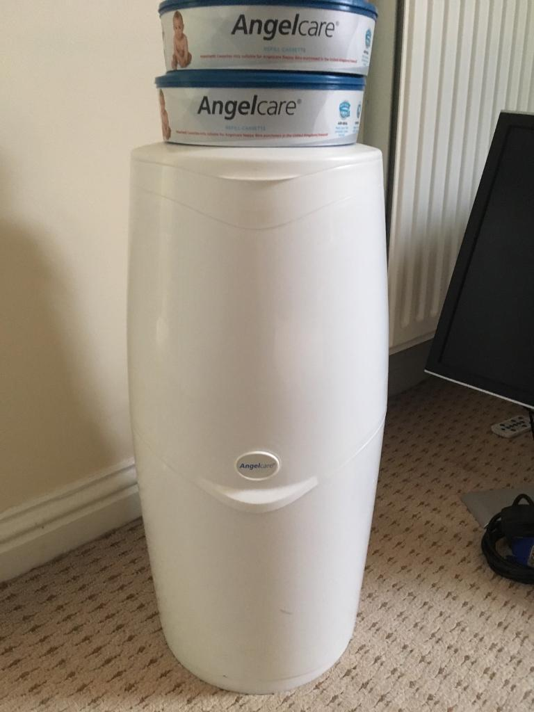 AngelCare Nappy Disposal Unit + 2 Cassettes
