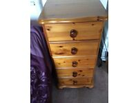 5 bedside chest drawers