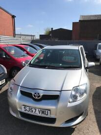 Toyota auris 1.6 petrol 5 doors hatchback 5 seater family car 2007 57 plate