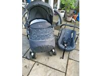 Silver Cross 3D Travel System From pet and smoke free home . Used but in good & clean condition