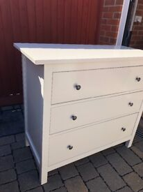 Drawers & Side Cabinet