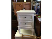 A PAIR OF WHITE BEDSIDE UNITS 2 DRAWERS £52.00