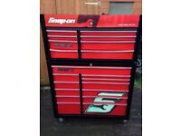 SNAP ON TOOL BOX- TOP CHEST AND ROLL CAB - RED