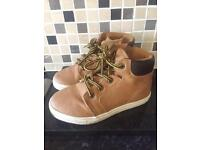 Timberland Style Boots Boys Size 9 ( Infant)