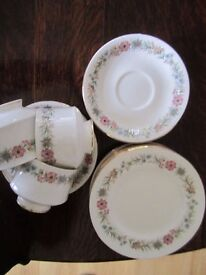 3 x Paragon Belinda (cup, saucer & side plates) plus extra 3 saucers & 5 side plates