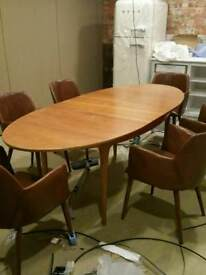 Retro 6 - 8 seater Teak Oval Extending Dining Table Danish G plan style. East London