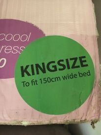 King size Viscool 3000 mattress BNIB