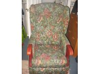 HIGH BACK WING CHAIR ELECTRIC RISING SEAT £ 75 ONO