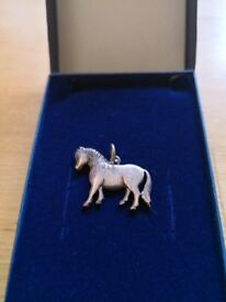 Sterling silver pony pendant for necklace by Elizabeth Duke. Boxed. £10