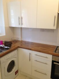 Central area double room living room balcony wifi bills included