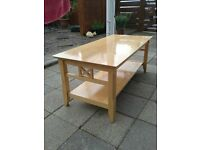 coffee table in solid beechwood, good condition