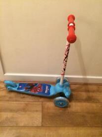 Spiderman twist scooter