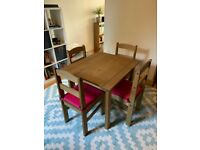 Corona Dining Table and 4 Chairs - Pine