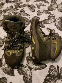 Children's walking boots size 2