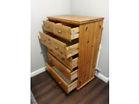 Chest of drawers, wooden, very good condition, few scratches on top