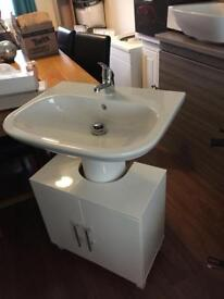 Complete pedestal, basin under counter unit in white new