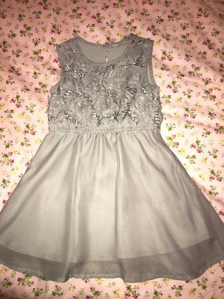 Party dress 5-6 years