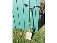 Backsaver spade