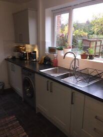 Burford/Tewkesbury Howdens Kitchen & Appliances