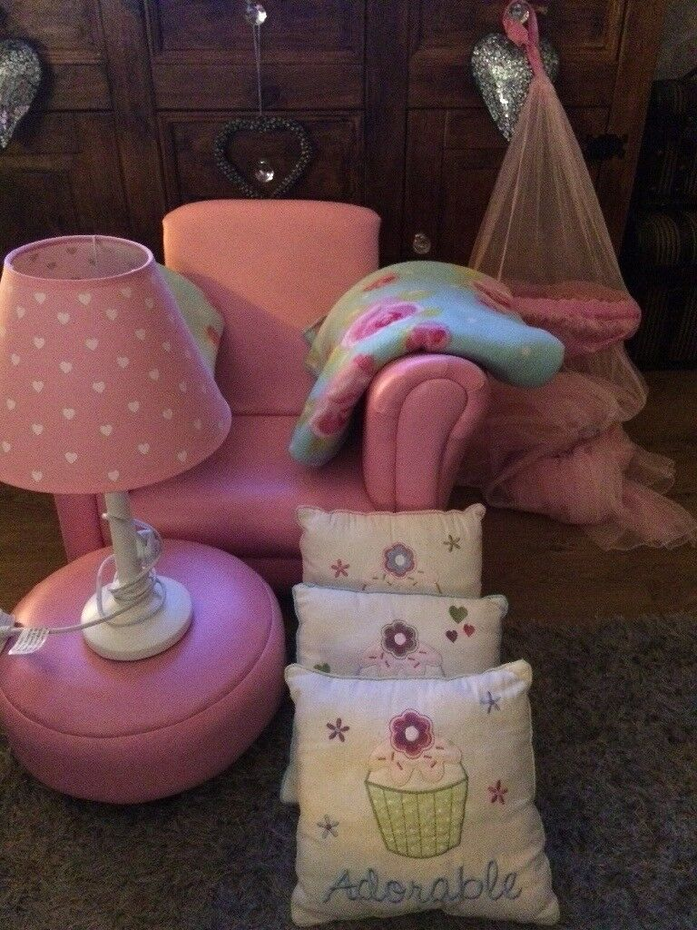 Girls bedroom accessories