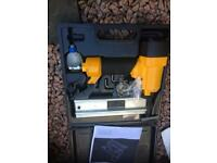 Compressor nail gun good condition