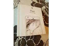 Google pixel 32gb in sliver brand new boxed sealed