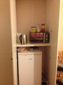 Double Room for Men In New Park Road - SW2