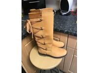 Woman's timberland boots size 7