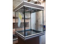 AquaOne Aquience 550s with cabinet and light never used