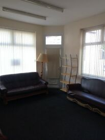 3 Bedroom House to Rent ** 2 Bathrooms ** 2 Reception Rooms ** Close to UCLAN & City Centre *