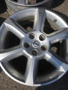 Mags nissan 18 pouces/18 inch