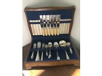 Classic Fine Dining Cutlery Set