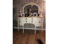 Large dresser perfect condition