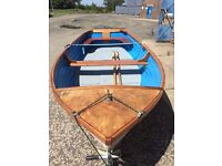 Beautiful 12' rowing boat with optional trailer