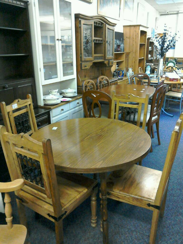 Table And 4 Chairs 32588 85