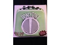HoneyTone Mini-Amp guitar amplifier *like new*